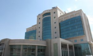Elazığ'da 33 bin metre kare alanda kurulan özel hastane hasta kabulüne başladı