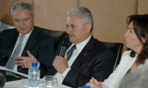 İzmir'de üniversitelerin fakülteleri ilçelere dağıtılacak