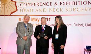 """Prof. Dr. Nuri Özgirgin'e """"Uluslararası İşitme Engellilere Hizmet"""" ödülü"""