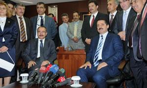 Çalışma ve Sosyal Güvenlik Bakanı Faruk Çelik bakanlık görevini Ömer Dinçer'den devraldı