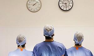 Kadro dışı geçici çalışmak isteyen hekimlere hukuki hiçbir engel yok