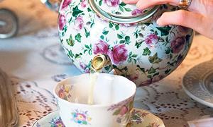Sıcak çay içmeyin!