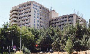 Tıp fakültesinin asansörü yere çakıldı: 2 doktor yaralı