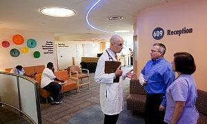 ABD'de sağlık sigortası alanların sayısı artıyor / Video