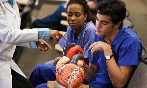 Tıp fakültesiyle sağlığa yönelecek