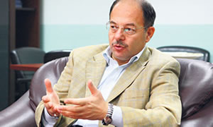 'Sağlıkta devrim yaptık Türk halkı buna layık'