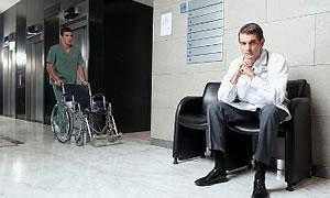 Sağlık Bakanı ve profesörler: Satranç tahtasındaki piyonlar ve vezirler