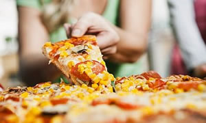 Besin değeri yüksek pizza