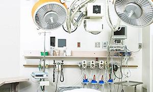 Ameliyathanesi olmayan devlet hastanesine törenle ameliyathane açıldı