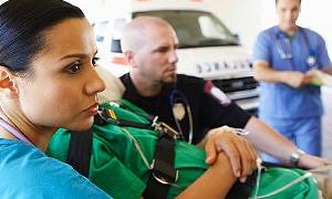 Zennure nine bakın ne için ambulans çağırdı?