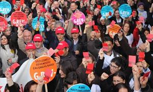 Sağlıkçılardan Zam Protestosu