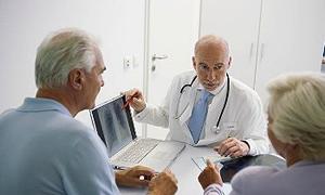 """Hastayla """"konuşan"""" doktor yetiştirmek gerekiyor!"""