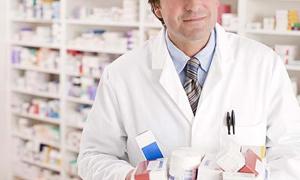 TEİS: Sağlık Bakanlığı eczacıların stok zararları için tebliğ değişikliği yapsın