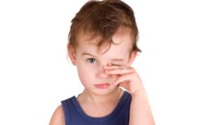 Çocuklarda göz muayenesi ne zaman başlamalıdır ?