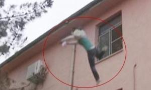 'Babam için' dedi ve hastane çatısından atladı