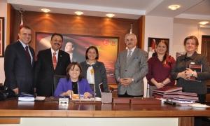 MEMEDER meclisteki kadın milletvekillerini ziyaret etti