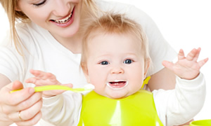 Eczacılar Birliği'nden teneke bebek maması uyarısı