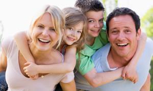 Kendine güvenen çocuk yetiştirmenin formülü ailede