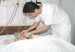 Erkek Hemşireler Hastanelere Alıştı