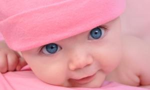 Uzmanlar, bilinçsiz ilaç kullanımının özellikle bebekleri tehdit ettiği konusunda hemfikir