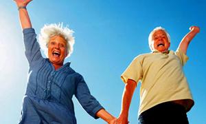 Yaşlandıkça mutlu yaşamak mümkün mü?