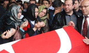 4 bin kişi, görev şehidi doktoru son yolculuğuna uğurladı