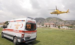 Ambulans helikopter, prematüre bebek için havalandı