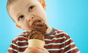 Çocuklara şeker değil dondurma verin