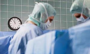 Protez ameliyatları aynı anda iki tarafa da uygulanabilir mi?