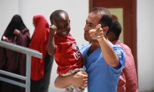Yeryüzü Doktorları şimdi de Somalili çocukların yüzünü güldürecek