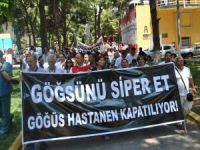 Dr. Suat Seren Göğüs Hastalıkları Hastanesi'nin devri protesto edildi