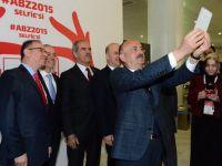 Sağlık Bakanı Müezzinoğlu'ndan zirve selfie'si