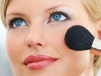 Neden Dermokozmetik Ürünler Kullanmalıyız?