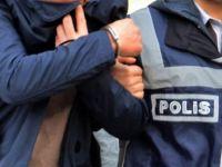 Adana'da 12 sağlık çalışanı gözaltına alındı