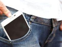 Testislere yakın taşınan cep telefonları spermleri azaltıyor