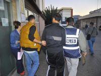 Ankara'da 2'si doktor, 4 kişi tutuklandı