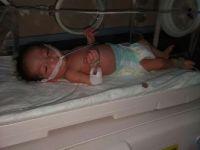 Ambulans verilmeyen kalbi delik bebek yaşamını yitirdi