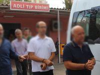 Denizli'de 1'i doktor, 10 sağlık personeli tutuklandı
