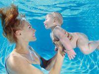 Suda doğum ile bebek daha sakin ve stressiz oluyor