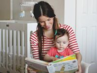 SGK'dan çalışan anneye ayda 1.560 TL hibe
