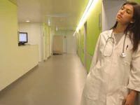 130 bin kişilik araştırma: Asistan hekimlerin 4'te 1'inden fazlası depresyonda
