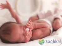 Yenidoğan ünitesinde bir kuvözde 2-3 bebek tedavi görüyor!