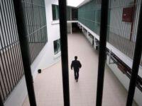 FETÖ'den tutuklu doktor cezaevinde kalp krizinden öldü
