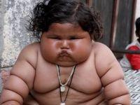 Sürekli yemek yiyen 8 aylık bebek 17 kiloya ulaştı!