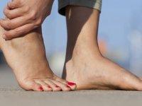 Topuk Dikeni Nasıl Geçer? Topuk Dikeni İçin Terlikler