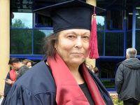 65 yaşında üçüncü üniversiteden mezun oldu