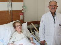 102 yaşındaki kadın ameliyatla şifa buldu