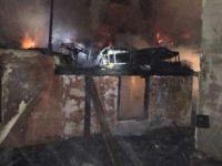 Sivas'ta Tüp patladı, 2 katlı ev yandı