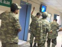 Son dakika: Onlarca asker hastanelik oldu!