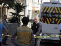 İzmir'de 3 yaşındaki çocuk okul servisinde öldü